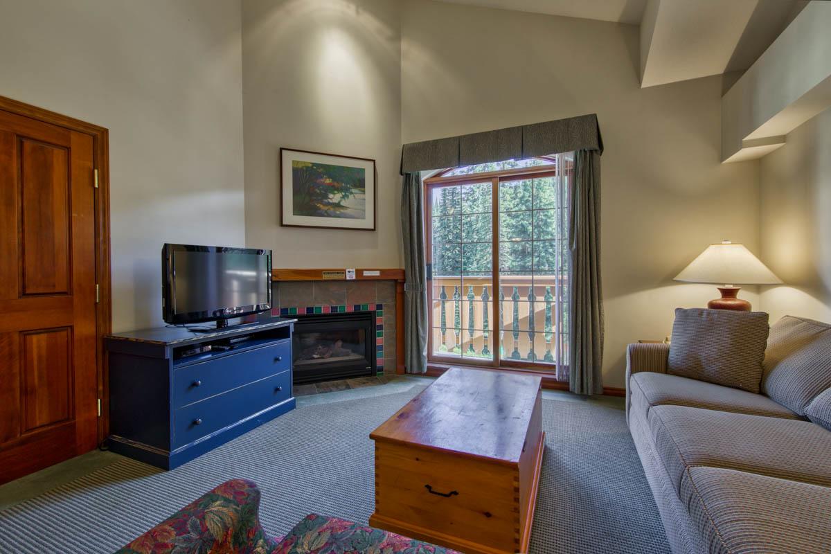 335 Hearthstone Lodge-2